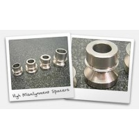 High-Misalignment Spacers